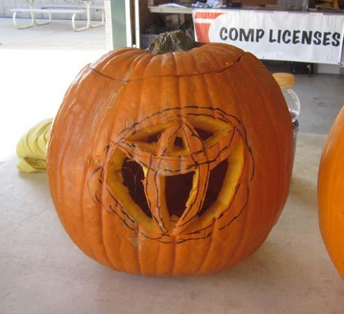 lc10-pumpkin-toyota-600px