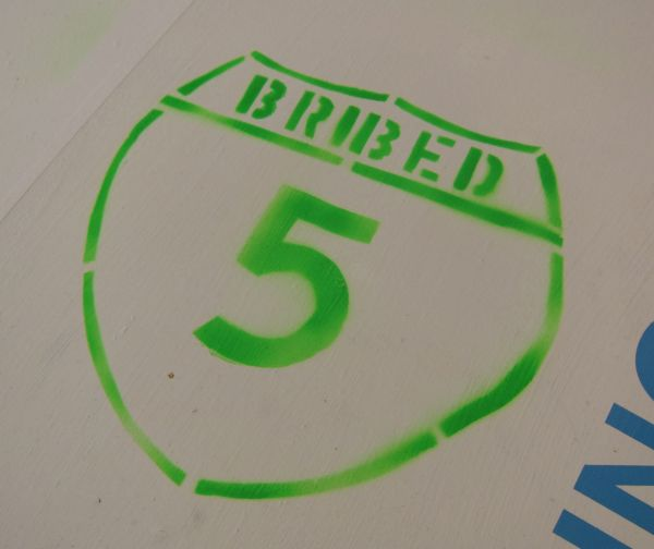2102-bribes-3