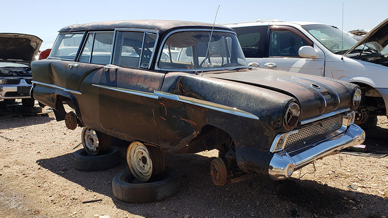 1958-vauxhall-victor-super-estate-in-colorado-wrecking-yard-photo-by-murilee-martin