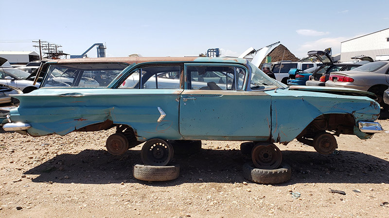 1960-chevrolet-biscayne-in-colorado-wrecking-yard-photo-by-murilee-martin